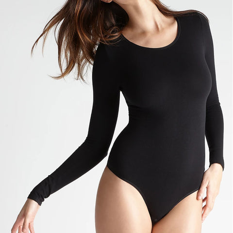 Yummie Shaping Thong Back Bodysuit YT5-166 in black on model front