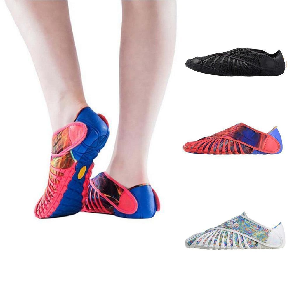 Stretchy Fold-Up Shoe
