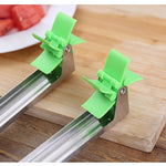 Load image into Gallery viewer, Windmill Watermelon Cube Cutter