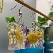 Load image into Gallery viewer, Floral Resin Earrings - Chamomile & Lavender