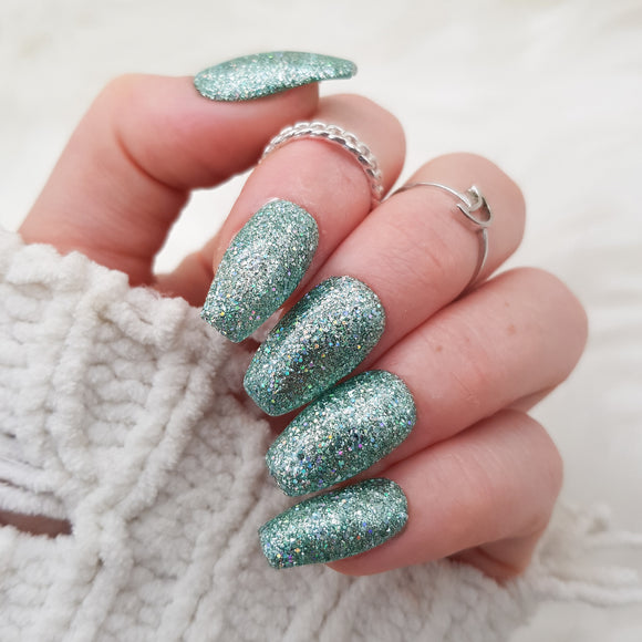 Crushed diamond: Mint
