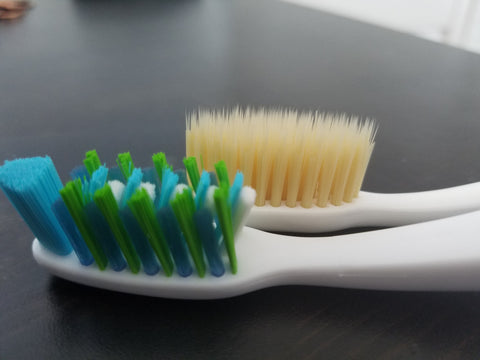 Oral-B Pro Health vs Mouthwatchers Flossing Bristles