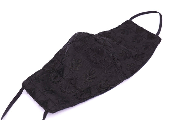 BLACK EMBROIDERED FACE MASK HOLLEE MOMO NEW YORK