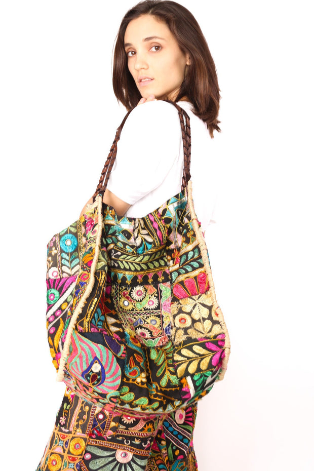 BOHO EMBROIDERED PATCHWORK BAG WILMA - MOMO NEW YORK