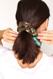 CAMOUFLAGE SEQUIN SCRUNCHIE HEADBAND - MOMO NEW YORK