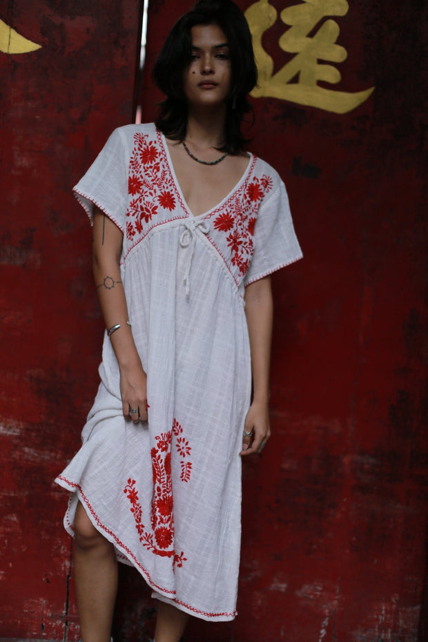 Embroidered Dress Andine MOMONEWYORK