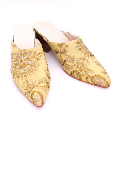 EMBROIDERED HEELED MULES ELLIE X ANTHROPOLOGIE - MOMO NEW YORK