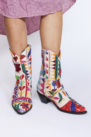 Embroidered Patchwork Cowboy Boots Ginalyn MOMONEWYORK