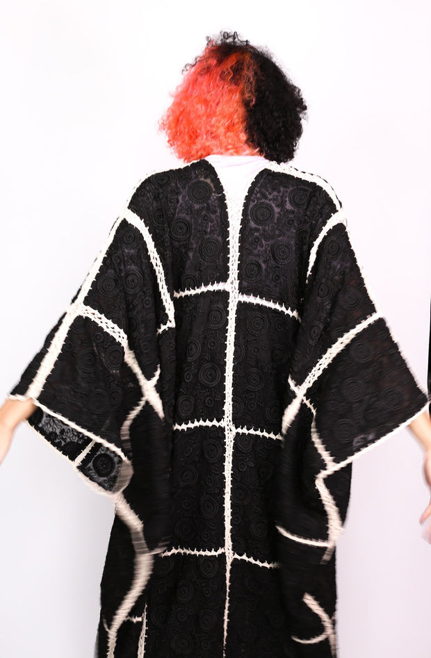 EMBROIDERED SILK CROCHET STATEMENT KIMONO SAENG - MOMO NEW YORK
