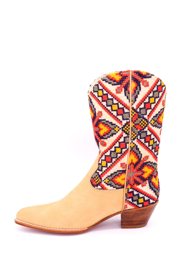 FALL EMBROIDERED BOOTS ASTER - MOMO NEW YORK