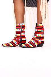 HAND CRAFTED TRIBAL HMONG BOOTS SASSA - MOMO NEW YORK