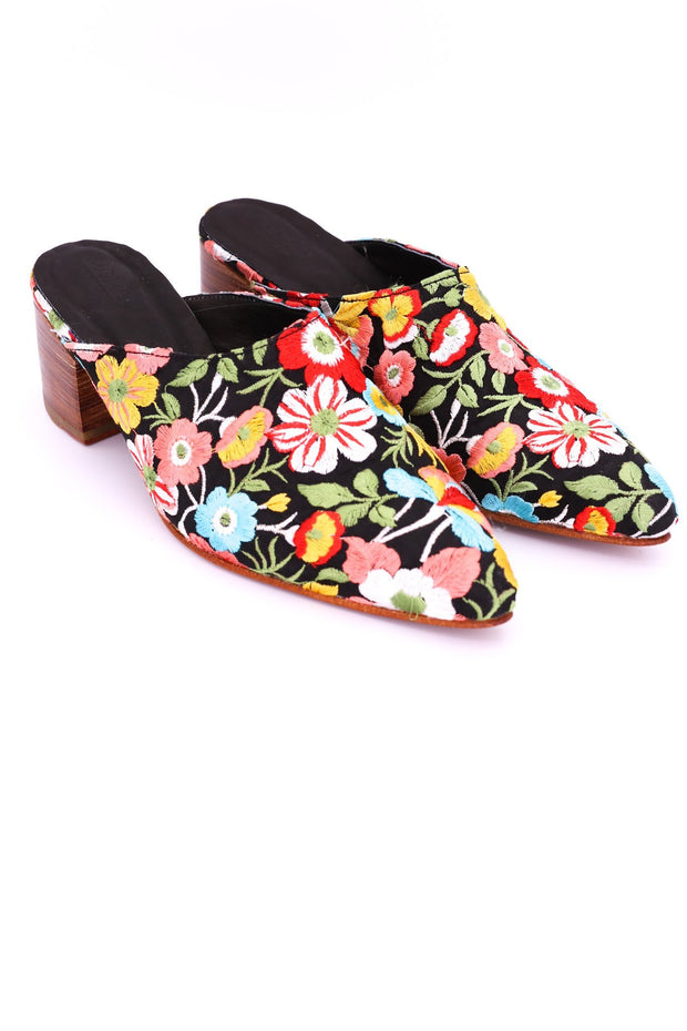 HEELED MULES EMBROIDERED X ANTHROPOLOGIE - MOMO NEW YORK