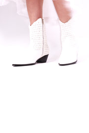 WHITE HAND CROCHET LEATHER ANKLE BOOTS NENNA MOMO NEW YORK
