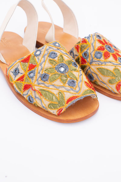 INDIAN EMBROIDERED LEATHER SANDALS DESSA - MOMO NEW YORK