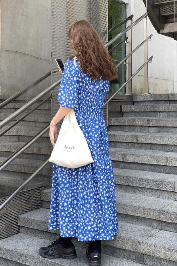 JUST AN EASY TO WEAR DAILY FLORAL DRESS MOMO NEW YORK