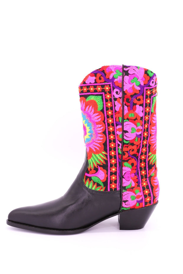 SELINA TRIBAL EMBROIDERED COWBOY BOOTS - MOMO NEW YORK