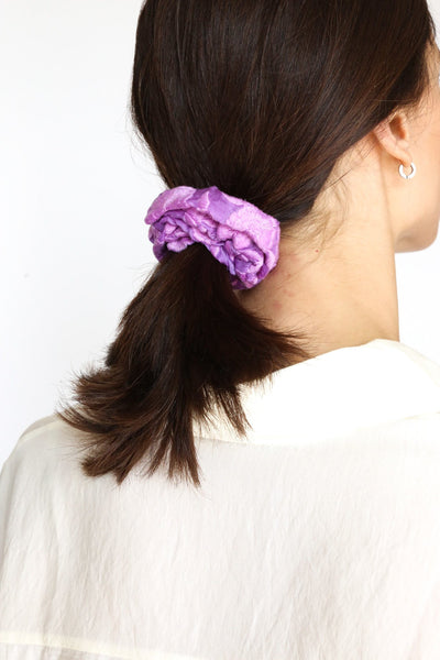 SILK COTTON EMBROIDERED SCRUNCHIE - MOMO NEW YORK
