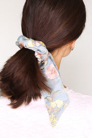 SILK EMBROIDERED COTTON SCRUNCHIE BOW - MOMO NEW YORK
