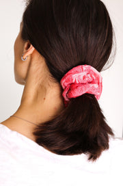 SILK EMBROIDERED SCRUNCHIE TARINI - MOMO NEW YORK