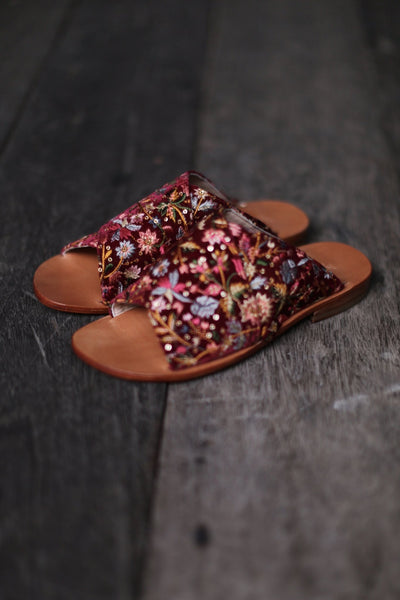 SLIPPER SANDALS DOAN IN RED VELVET EMBROIDERY MOMO NEW YORK