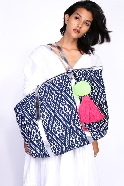 TRIBAL HAND EMBROIDERED BAG EMINE - MOMO NEW YORK
