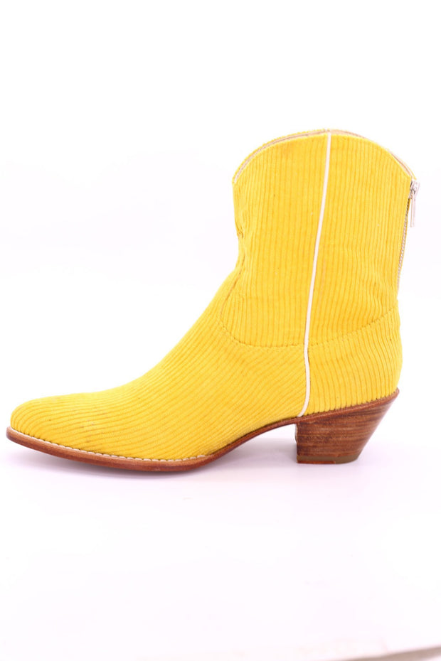 YELLOW CORDUROY BOOTIES LINNEAH - MOMO NEW YORK