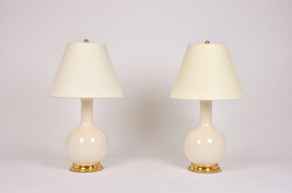 Pair of Medium Single Gourd Lamps in Clear