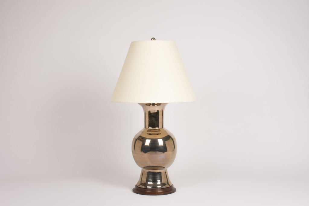 Single Romano Lamp in Platinum Luster
