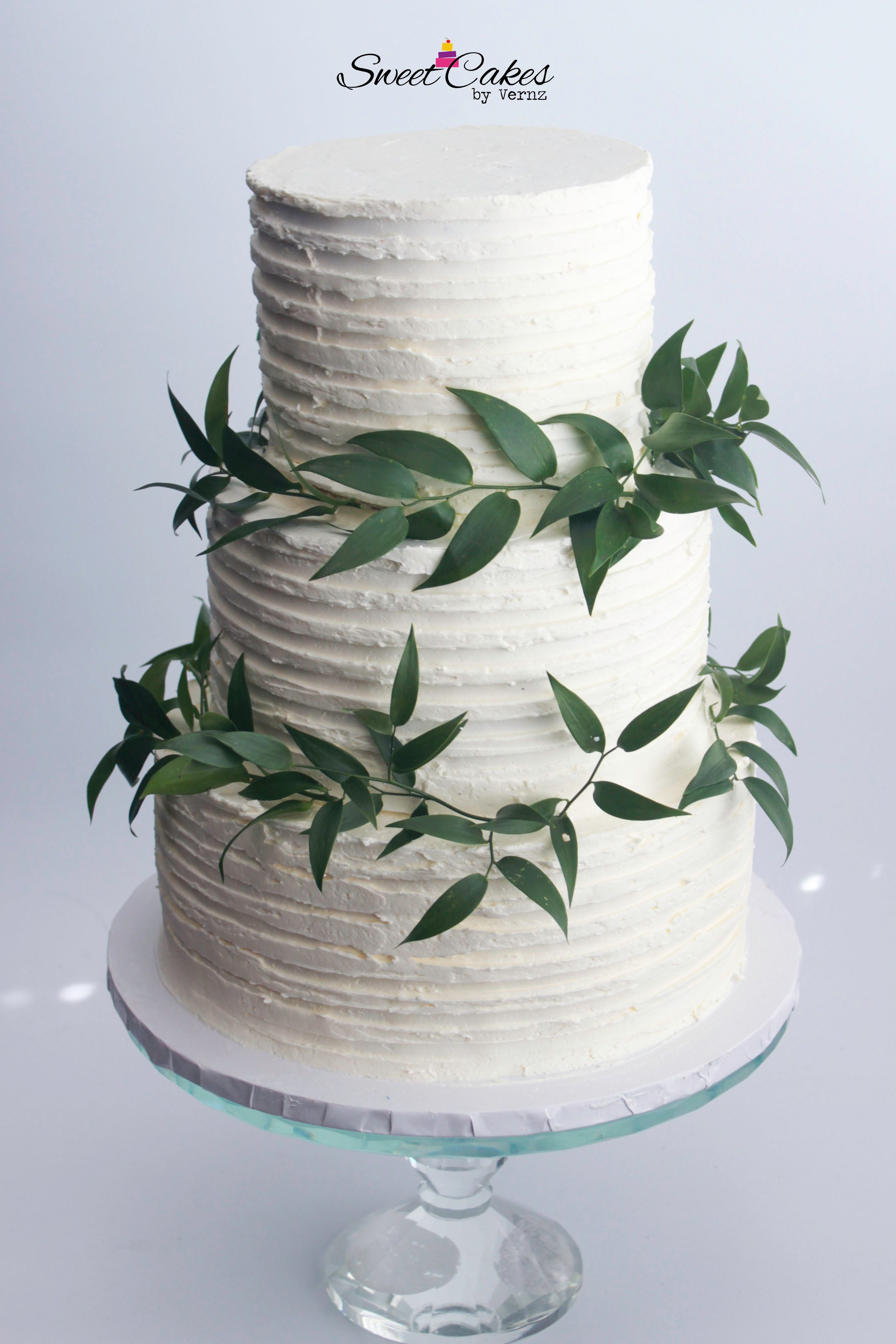 Wedding Cake 3 Tiered Cake (65ppl)