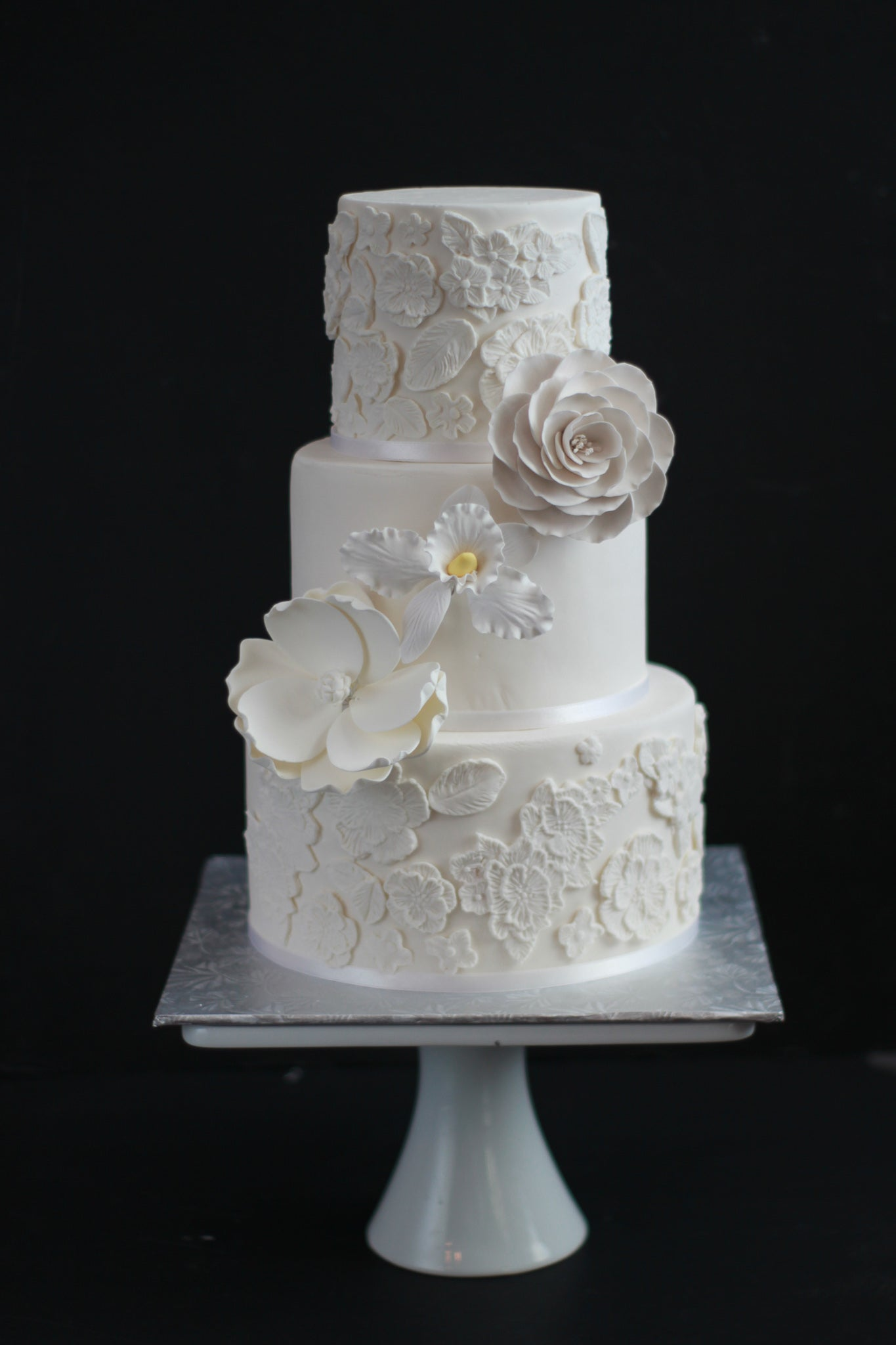 This is an amazing cake that we have in our weddings cakes collection. Our cakes are locally made in Calgary. Search wedding cakes near me to order now!