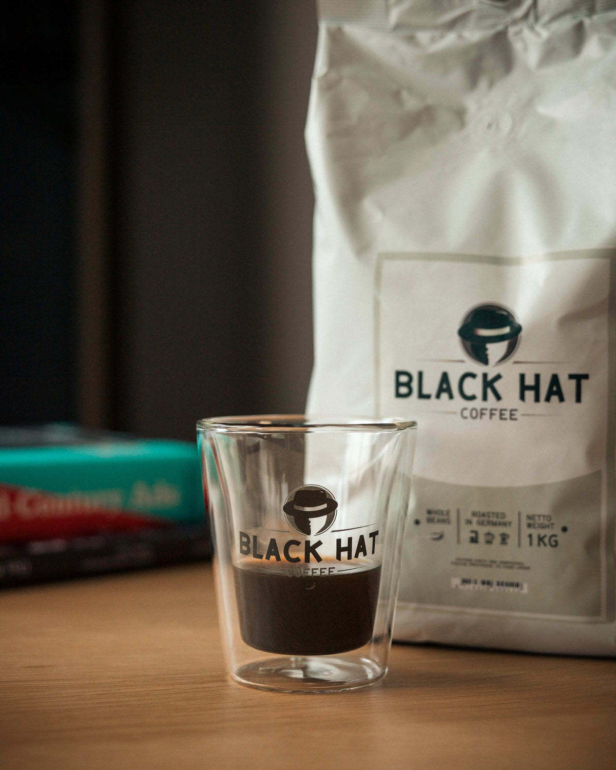 Black Hat Coffee Crema - Black Hat Coffee