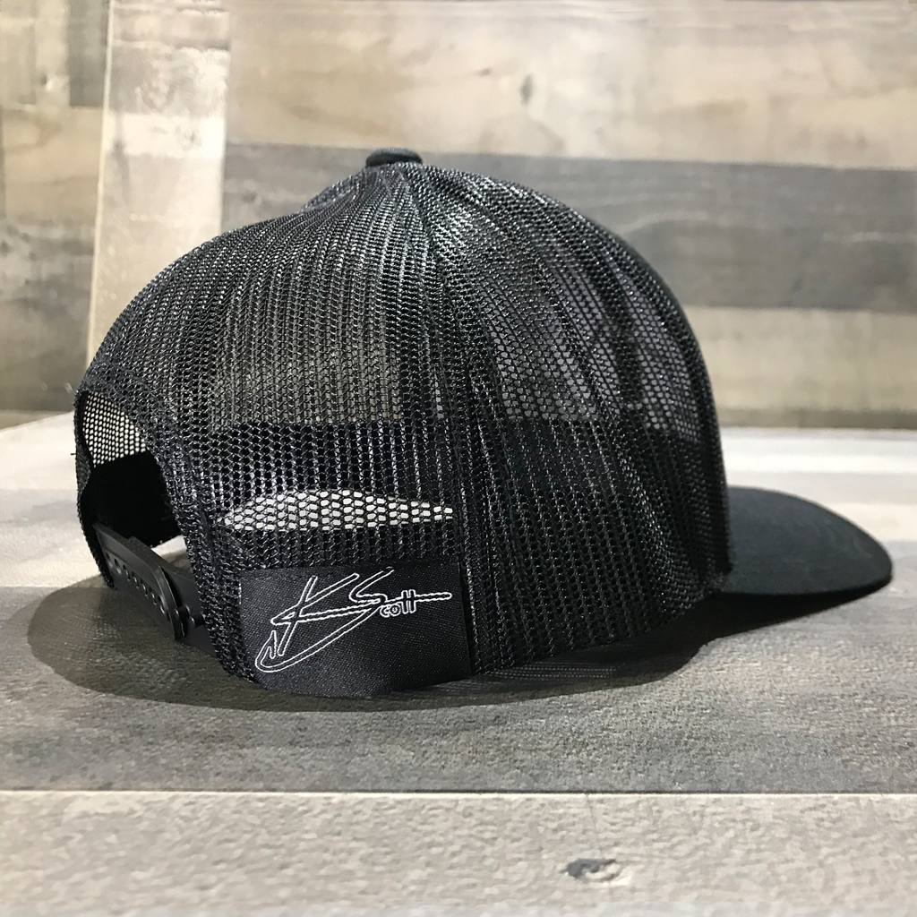 Signature Sailfish Trucker