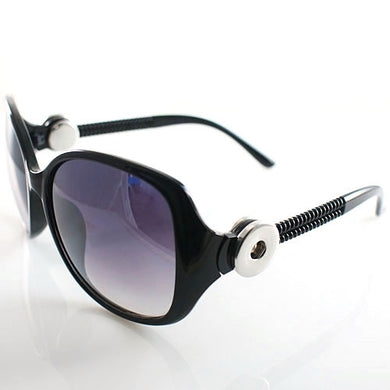 Juliana Sunglasses in Black - Mya Grace - Snap Jewelry