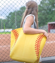 Softball Bag with Circle Monogram
