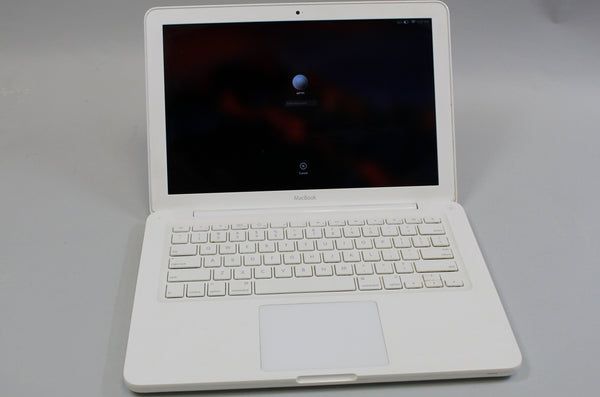 "Apple MacBook 13"" Mid 2010 256GB HDD 4GB RAM 2.4GHz Core 2 Duo NVIDIA GeForce 320M White Used"
