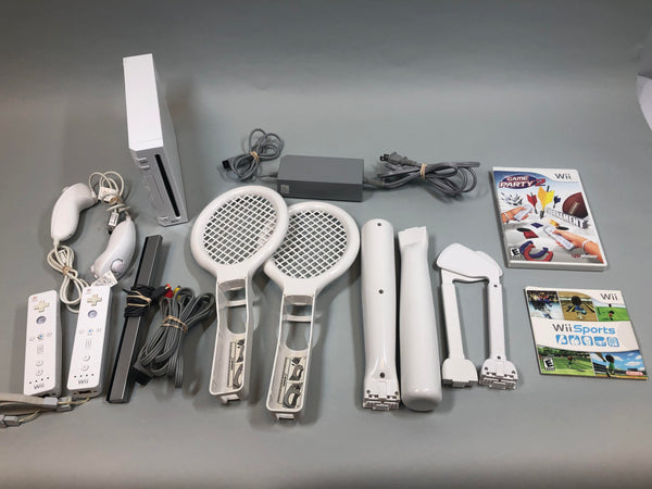 Nintendo Wii White Console RVL-001 - Game Cube Compatible Wii Sports Bundle Used