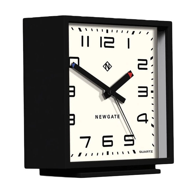 Amp Mantle Clock