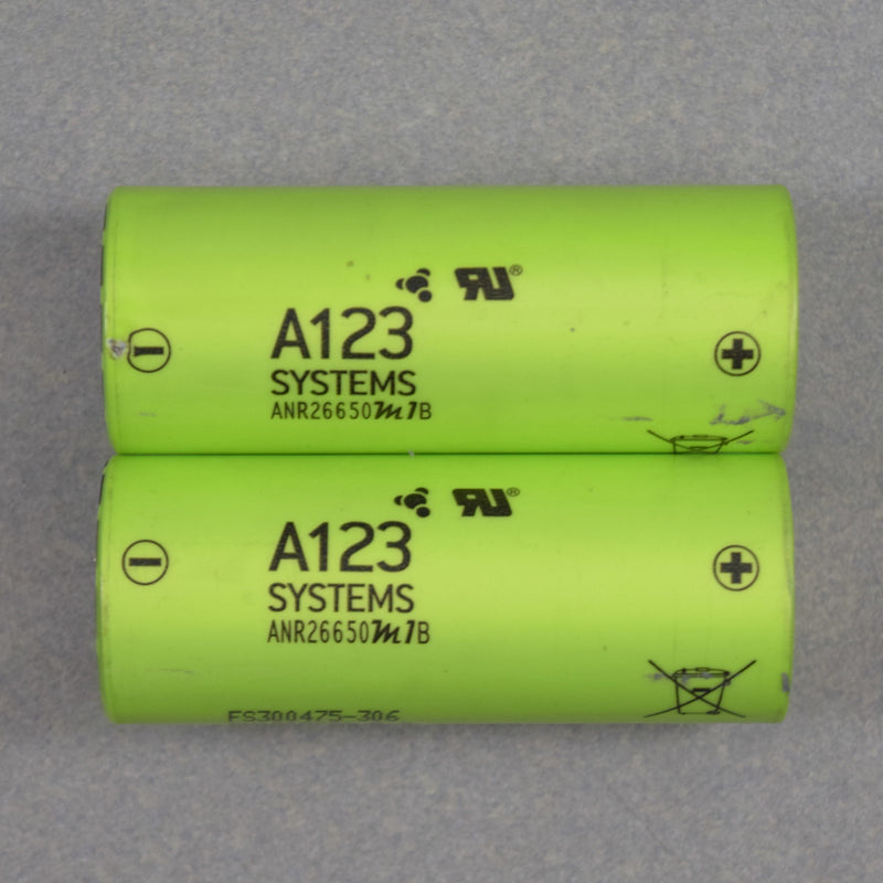48 cells) Used A123 ANR26659M1B LiFeP04 3.3v 2500mAh in an EMC Pack