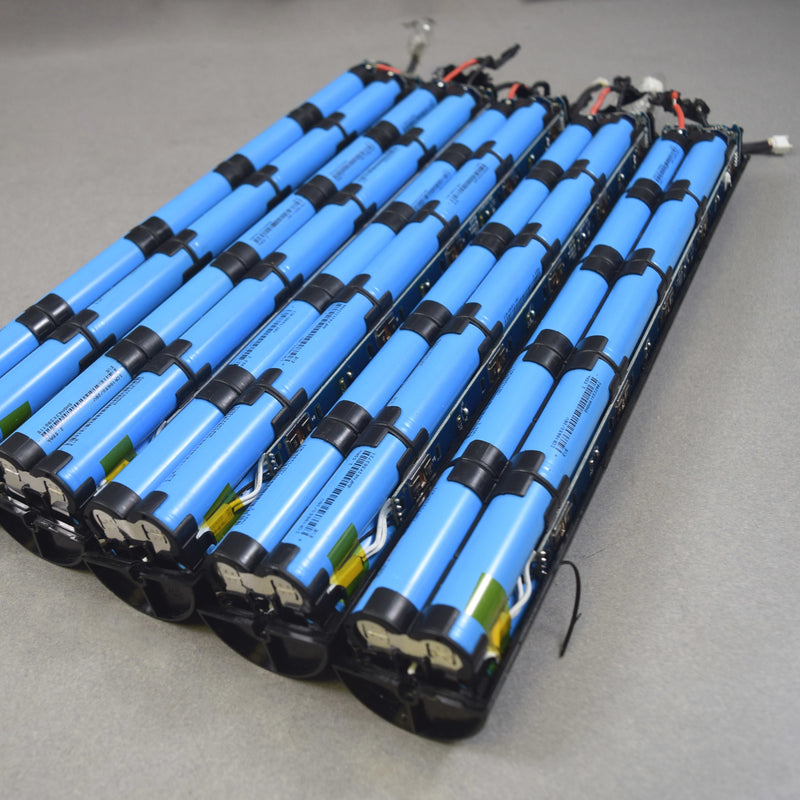 100 cells - Eve ICR18650-26V - 3.6v, 2.55Ah, 7.65A 18650 (blue cells)