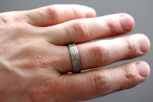 Load image into Gallery viewer, Damascus Steel Ring