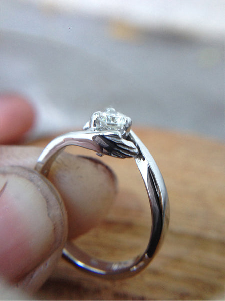 Ivan & Mayte Engagement Ring. Made by Ikcha