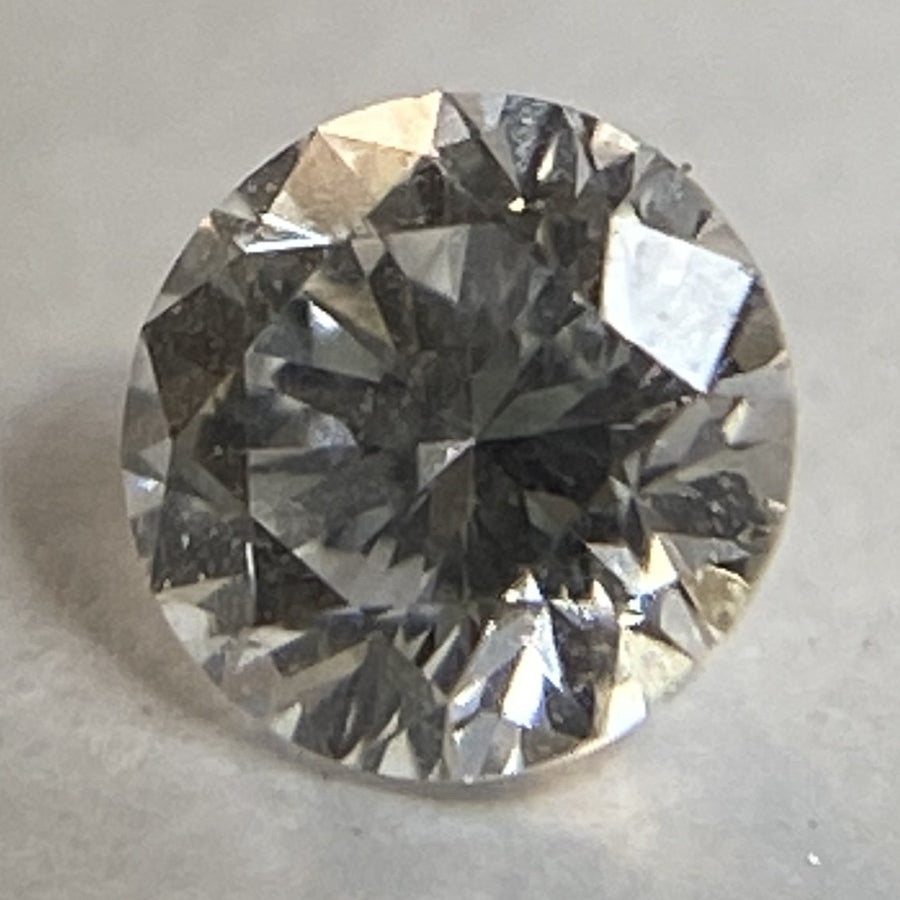 854012 - Diamante SI2/GHI .12 CT