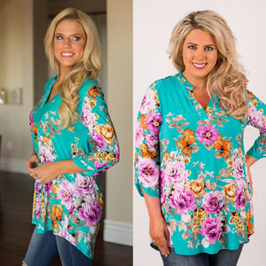 TEAL AND FLORAL BOHEMIAN WESTERN PATTERN PULLOVER TOP