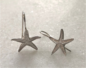 HANDCRAFTED IN SARDINIA — MARE COLLECTION SEA STAR STERLING SILVER EARRINGS (MEDIUM) FOR PIECED EARS — BY KOKUU