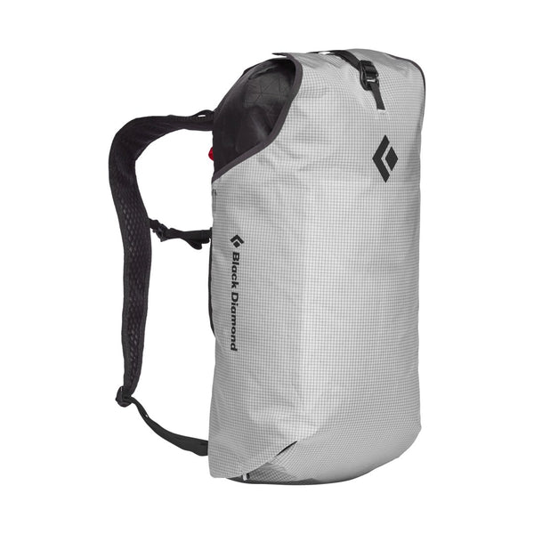 TRAIL BLITZ 16 BACKPACK