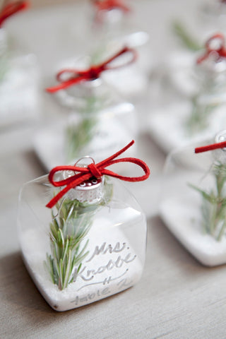 personalized ornament wedding favors, personalized ornament, personalized ornament wedding favor, unique personalized ornament wedding favor, top 10 unique wedding favors, unique wedding favors, wedding favors