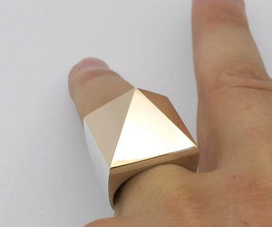 bague homme pyramide