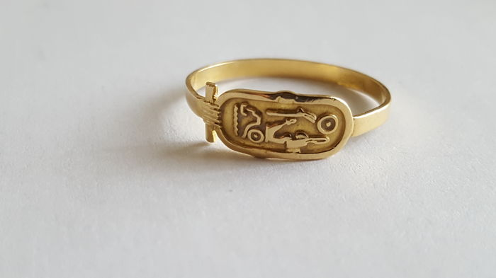 bague or egyptienne