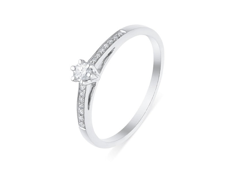 fine bague diamant or blanc