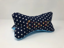 Laden Sie das Bild in den Galerie-Viewer, True Vibes Pillow FIRST EDITION #63